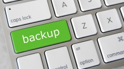 Backing up and safeguarding digital photos made easy: a useful guide